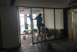 天辰平台注册_清洁公司:客厅电视机和吊顶要怎么除尘?
